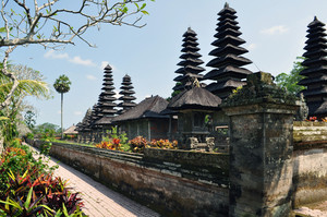 힌두교 타만 Ayun 사원